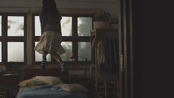 実際のスピードでは天井にぶつかりそうなほど勢いよく跳ねてて、かわいい‥‥